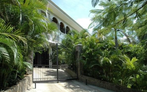 Villa las Olas - Entrance