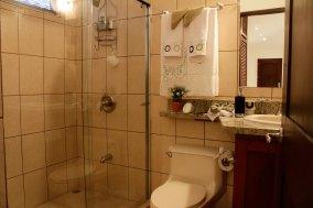 Vista Ocotal Studio Bathroom
