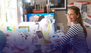 Cre8ve woman working at home - Cre8ve_woman-working-at-home
