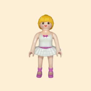 Danseuse blonde tutu blanc
