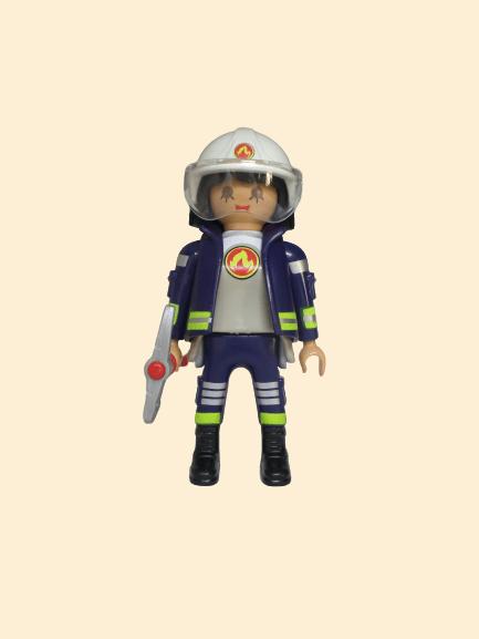 playmobil figures pompier