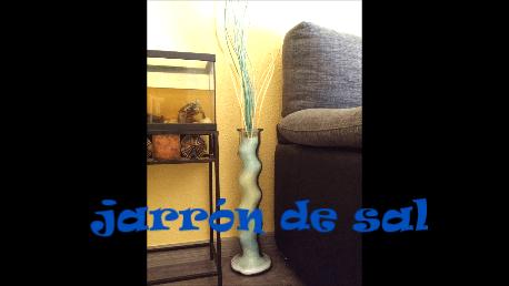 cómo decorar un jarrón con sal