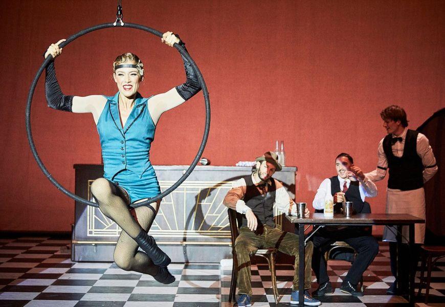 Ron Lalá y The Rat Pack imprimen ritmo al Festival de Teatro de Badajoz
