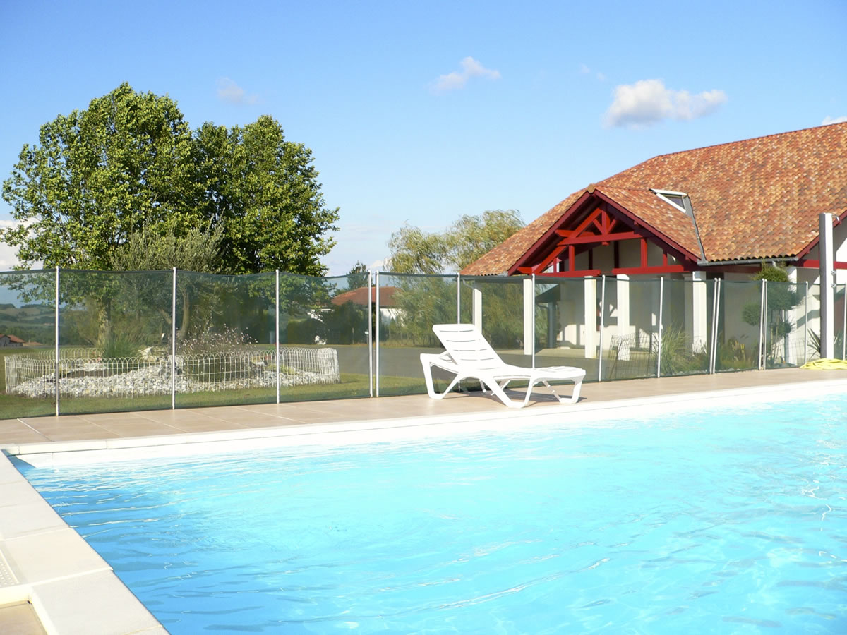 e avec piscine pays basque