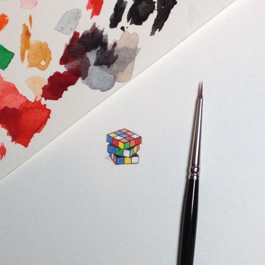 Brooke Rothshank crée des peintures miniatures aux détails fascinants