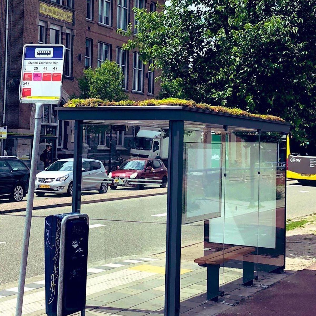 Abris bus fleuris Utrecht