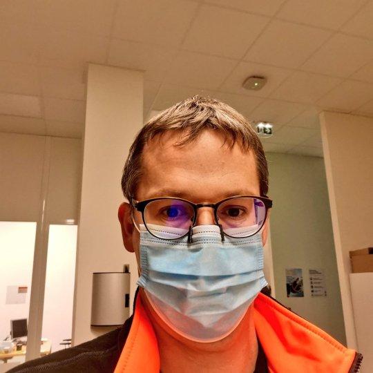 Impression 3D : Gérald Defoing a conçu un pince-nez anti-buée pour ceux qui portent des lunettes