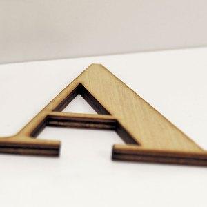 Lettere decorative in legno di CreArtDesignItaly.it con font Bodoni