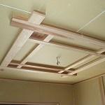 玄関ホールの天井造作状況