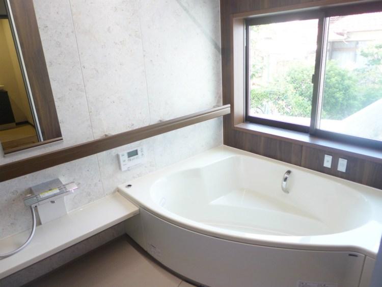 お洒落且つくつろげる浴室