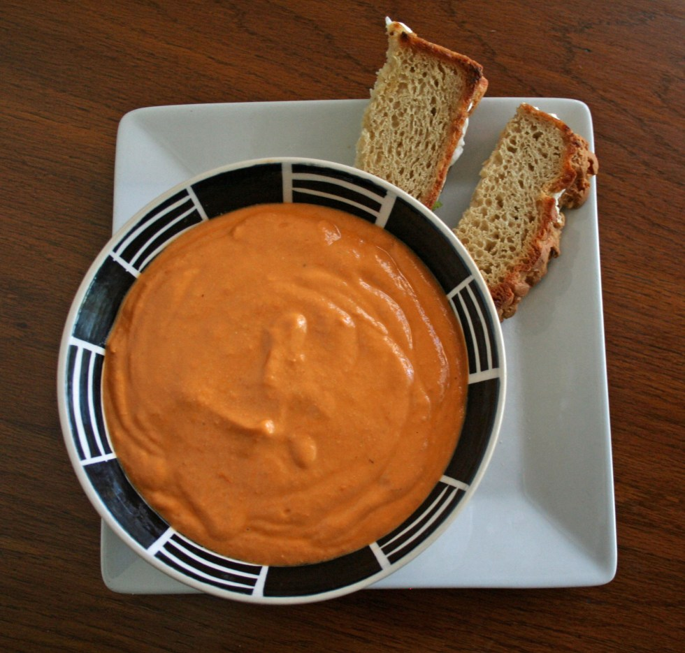 Creamy Tomato Basil Soup with Spicy Vegan Grilled Cheese (vegan, gluten free) - This combo is perfect for a cold day when you want some comfort food!
