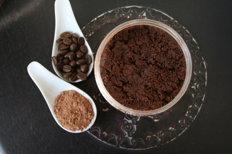 Mocha Sugar Scrub - This sweet smelling sugar scrub is so easy to make, you'll be wondering why you have been buying store bought!