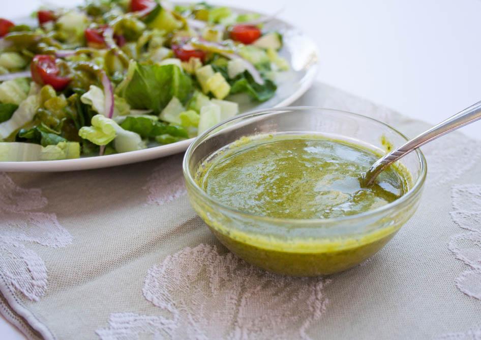sil Dill Vinaigrette (vegan, gluten free) This addictive vegan salad dressing has fresh garden herbs, Dijon mustard, agave syrup, cheesy nutritional yeast, red wine vinegar, and extra virgin olive oil.