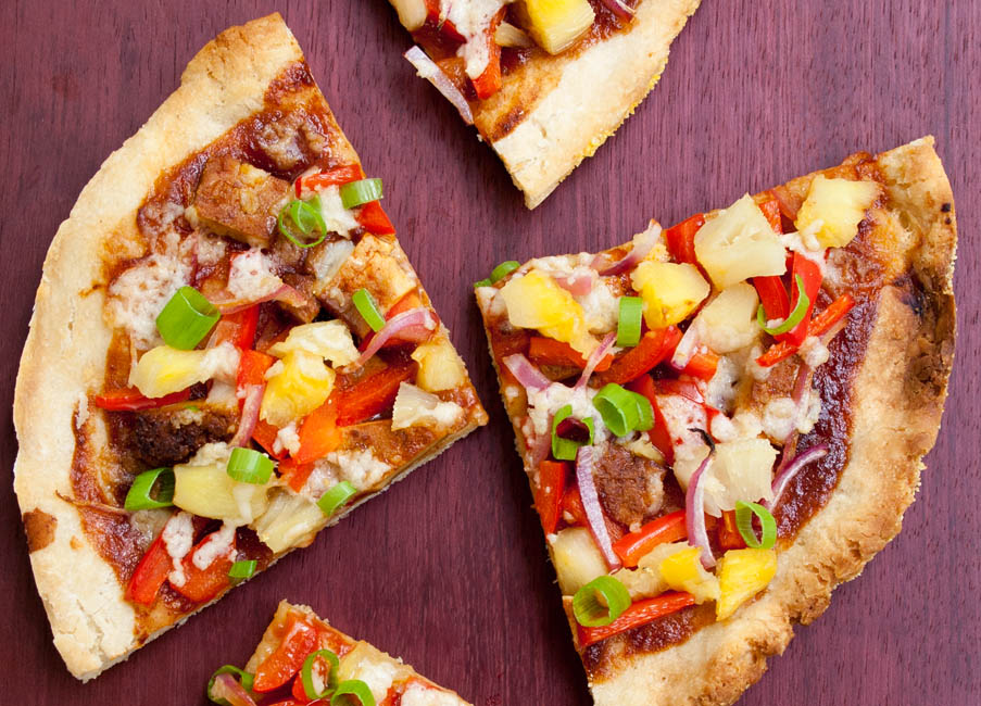 Vegan Hawaiian BBQ Pizza (vegan, gluten free) - This pizza is sweet, spicy, and smoky! If you want to change up pizza night, this recipe is sure to please!