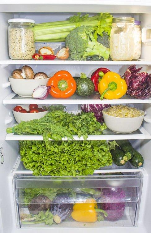 Vegane Rohkost im Kühlschrank