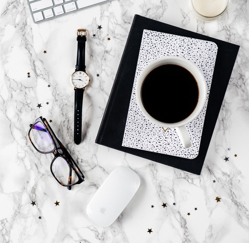 Top ten things no one tells you about when you're starting a blog | There's a quick overview of the steps to take to physically start a blog, but then I also include advice for newbie bloggers who want to start a lifestyle blog! This post is PACKED full of value. Click through to keep reading..
