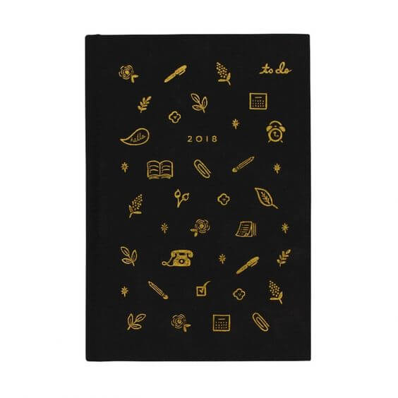 I love this 2018 Planner from Rifle Paper Co! Click to see more from this gift guide for entrepreneurs!