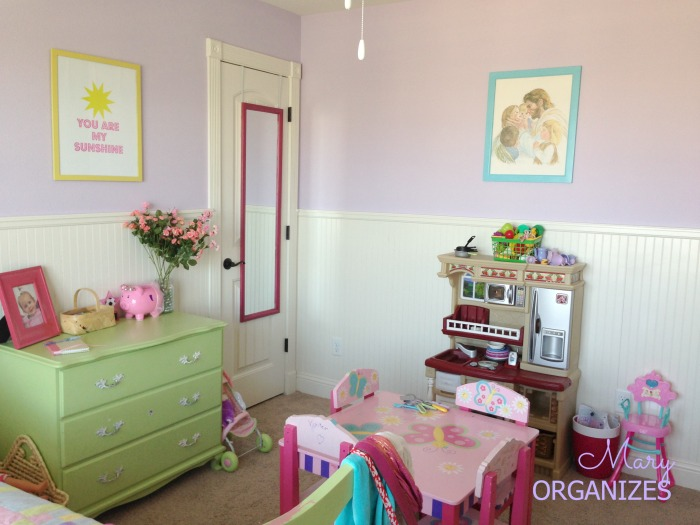 Izzys Room Tour Picture 4
