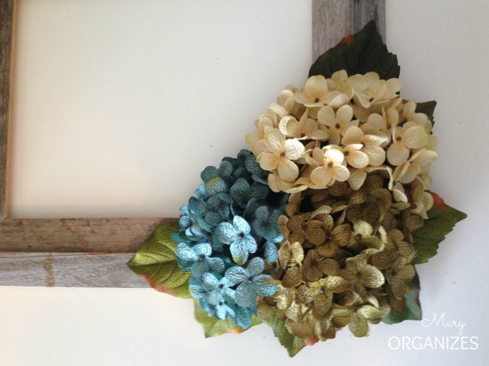 I glued the three hydrangea bouquets into the nest