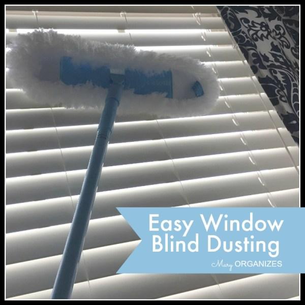 Easy Window Blind Dusting