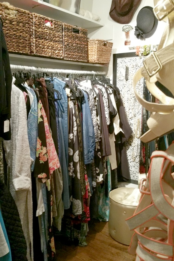 Rachelle - Closet 3