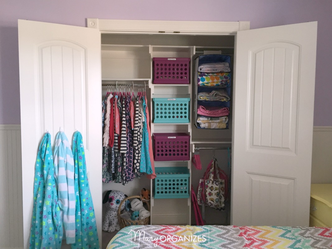 Girls Room Tour - 10 Closet