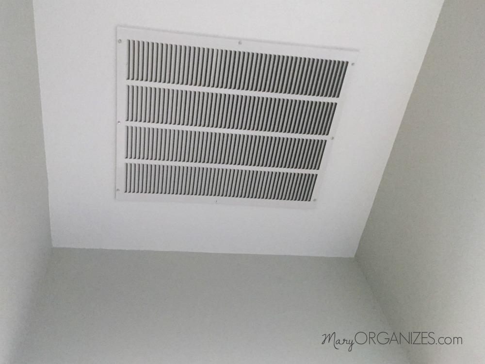 How To Clean the Return Air Grill - creatingmaryshome com