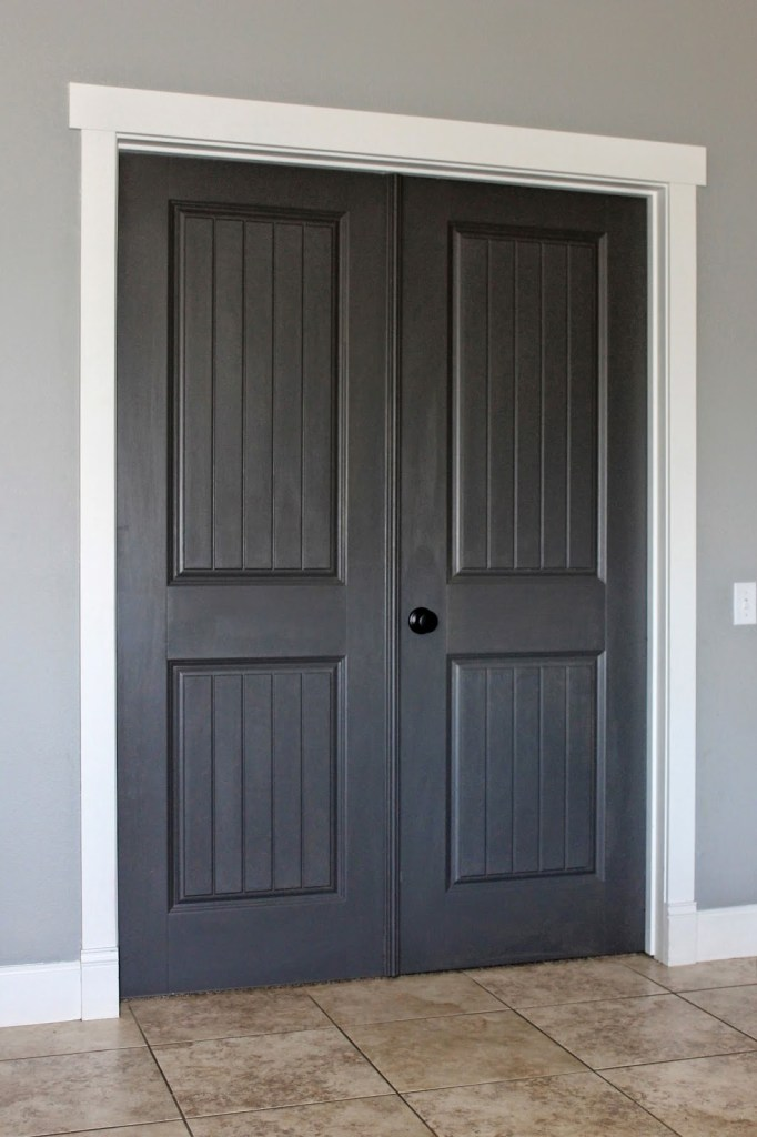 White trim dark paint why i 39 m going dark with my doors for Best black paint color for interior doors