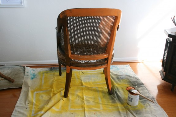 painting a wicker chair