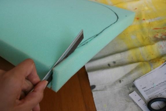 easiest way to cut foam