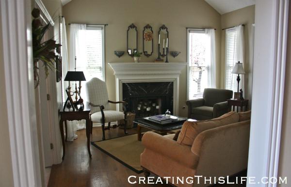 Living Room at CreatingThisLife.com