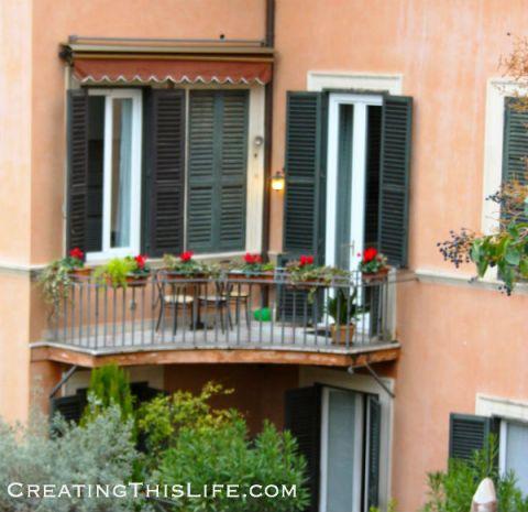 Rome apartment at Christmas