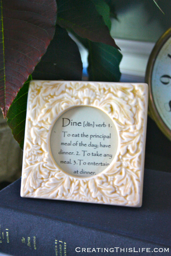 framed definition in dining room