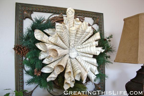 sheet music star on wreath