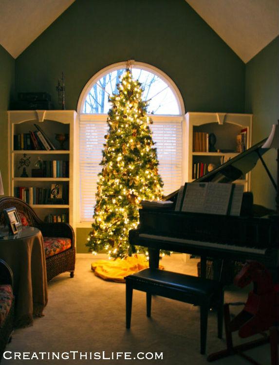 Piano-Room-Tree