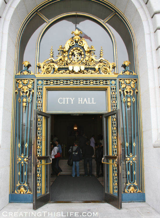 San Francisco-City Hall-Doorway