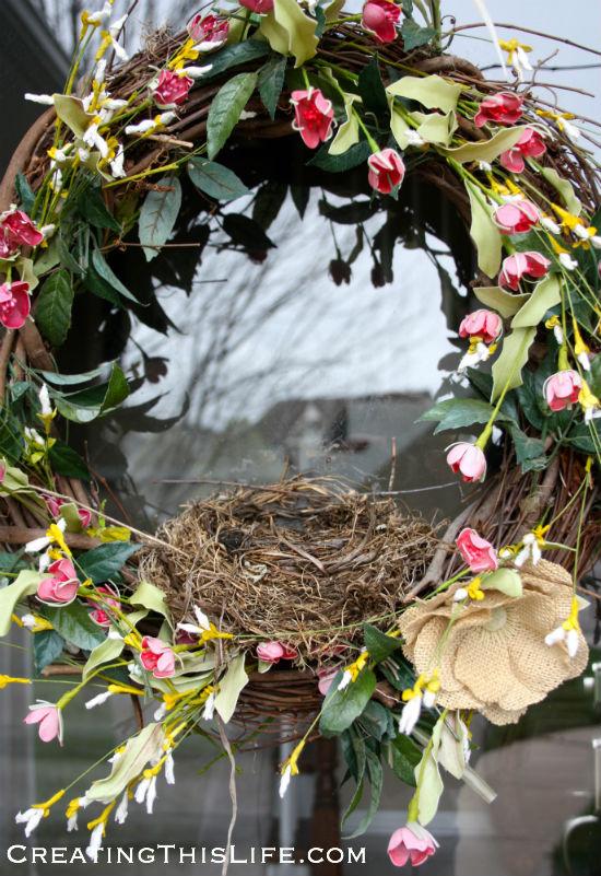 birds-nest-built-in-wreath