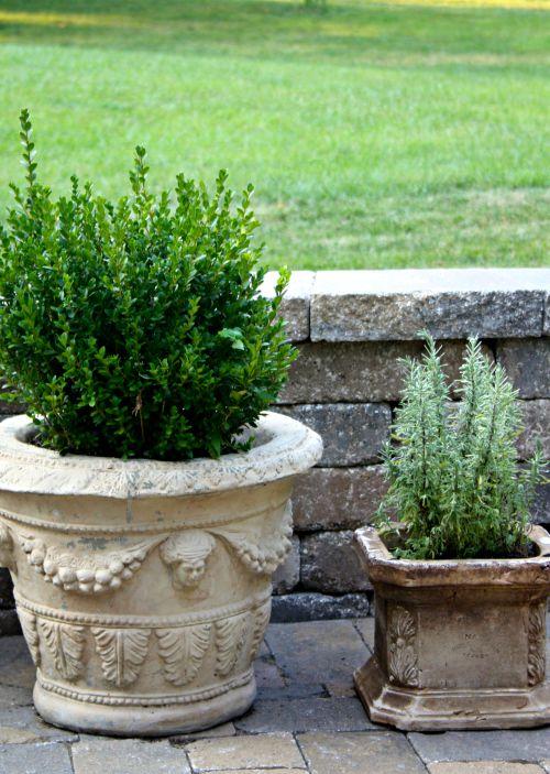 Concrete patio planters