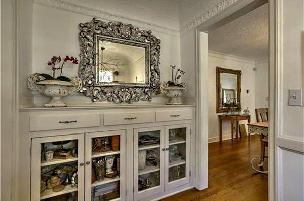dining room builtins