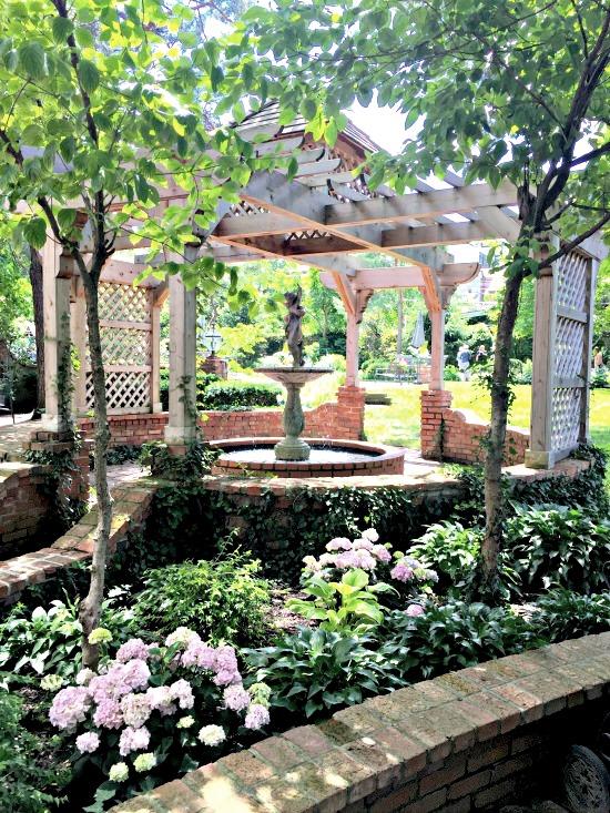 tudor garden 13