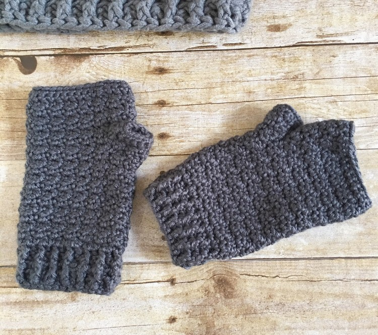 Lemon Peel Fingerless Gloves crochet pattern