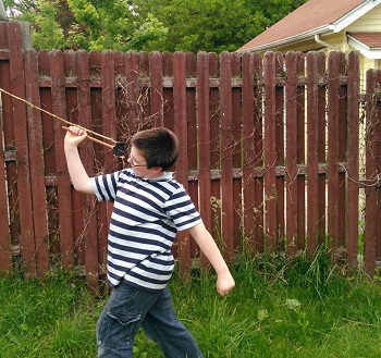 Throwing the atlatl