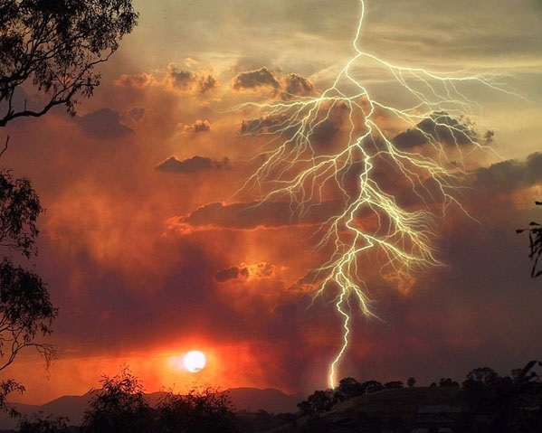 Sunset with lightning, photo credit: Scotto Bear