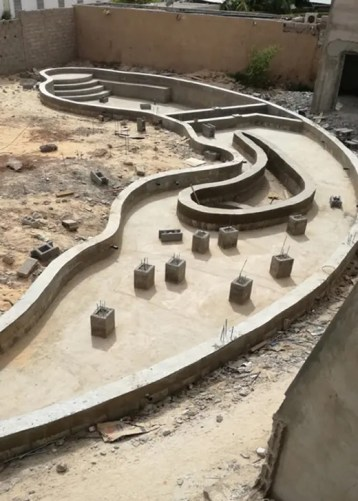 Gros oeuvre piscine formes libres Nouakchott Mauritanie