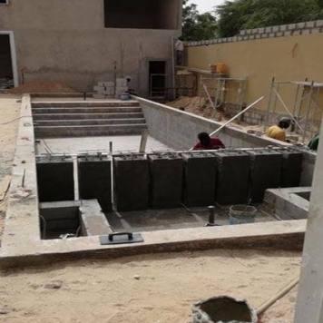 Coulage plots pas japonais piscine débordement Nouakchott