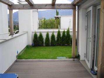 Una terrazza in giardino