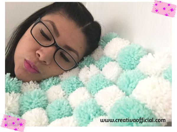 alfombra-con-pompones-creativa-img1