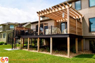 Pricacy deck with pergola and spiral stairs 2
