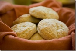 Favourite Thanksgiving Recipes: Day Five: 7UP Biscuits
