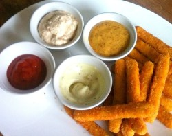 Tyson Chicken Fries with Delicious Dipping Sauces (Recipes) #ChickenFryTime